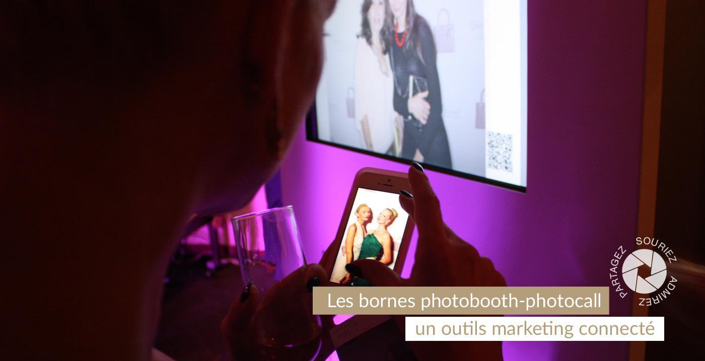 Les bornes photobooth digital connectées aux  réseaux sociaux
